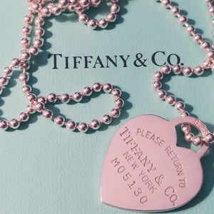 Like New Tiffany RTT heart necklace